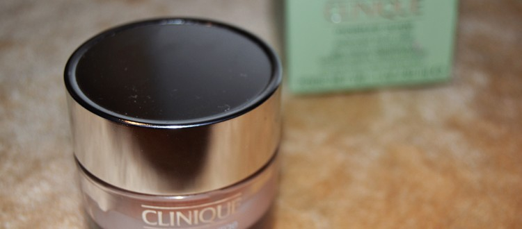 crema-clinique-moisture-surge