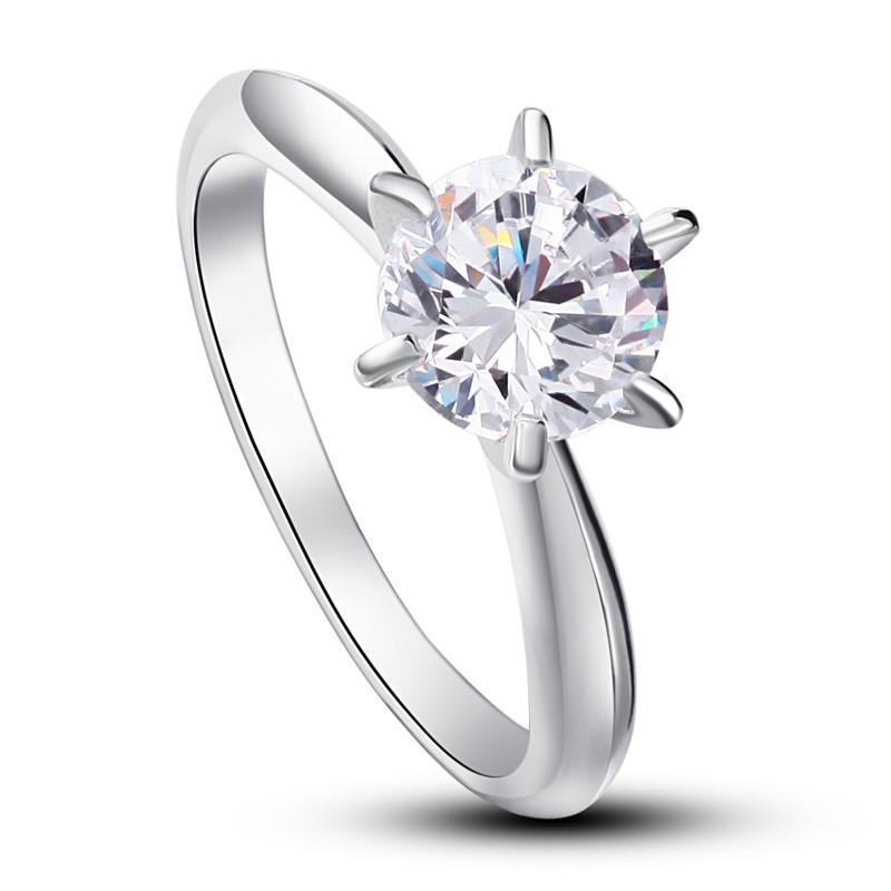 inel din argint cu piatra