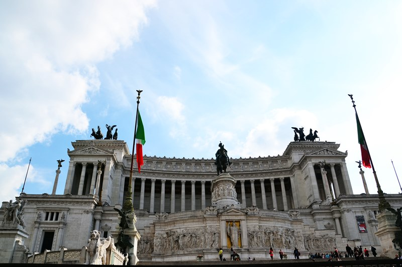 monument-victor-emanuel-roma