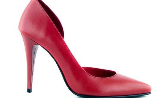 pantofi rosii stiletto